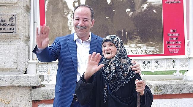 """""""TÜRK KADINI EMSALSİZ BİR YERE SAHİPTİR'"""