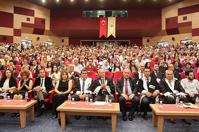 """MİLLETİ ESARETLE SEFALETE TERK EDER"""