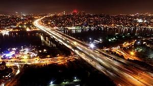 İstanbul'a Demokrasi Yolculuğu