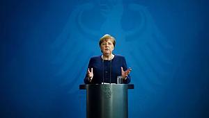 Dünyaca ünlü profesörden Merkel'e 5 soruluk koronavirüs mektubu
