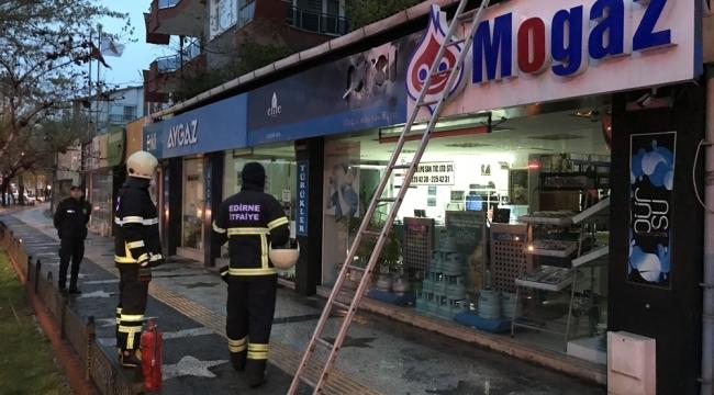 Edirne'de tüpgaz bayisinde yangın