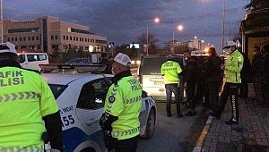 POLİSİ BEZDİRDİ, YİNE YAKALANDI