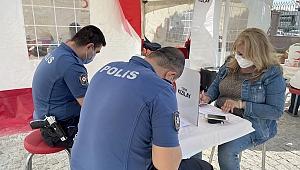 POLİSLER KAN VERMEK İÇİN SIRAYA GİRDİ
